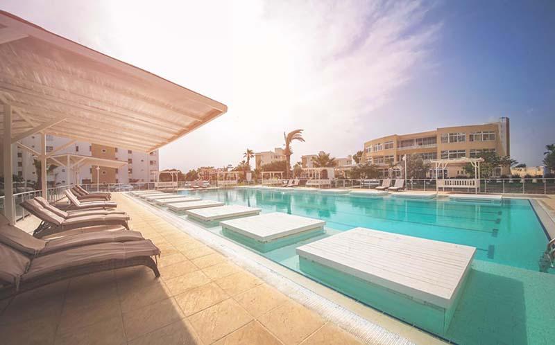 Apartamentai Kipre CAE kurortas vaizdas diena 2